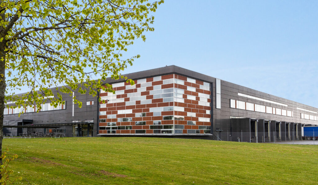 Picture of: Godshotel Moves Into Logicenters Facility In Greve Denmark Nrep Logicenters